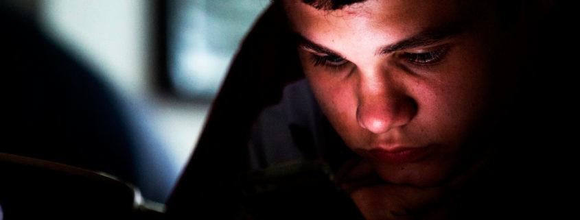 Flickr.com_David Vespoli_texting